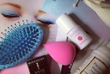 The Beauty Box Additction / I love a good curated beauty box! This board will bring you boxes that I've bought, tried and loved along with other recommendations and outstanding good value purchases for all you beauty Junkies out there