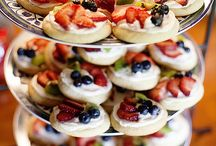 Finger foods / Fruit pizza