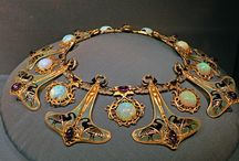Bijoux Art deco Art Nouveau / take every pin you like,  but please be reasonabable... :) / by Carole Grant