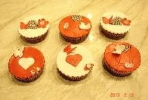 Valentine's day fondant cupcake