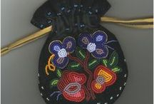 Beaded purse and key chains inspiration