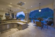 Walls behind outdoor kitchens