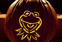 Frog Pumpkins / by Lily Anne Phibian