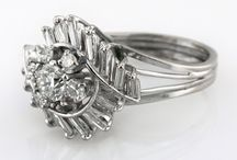 Diamond Rings / White and yellow gold diamond rings