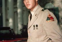 Elvis asker resimleri.