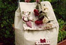 bevásárló gurulós táska