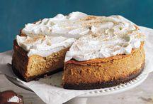 Pies/cheesecakes / by LeAnna Glenn