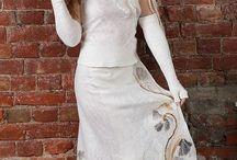костюмы, платья