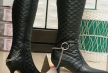 Boot Object Crushing / crushing, feet, foot, stomping, fetish, boot, boot, stiefel, shoes, heels,