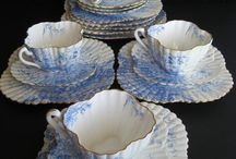 Tea Time in Blue & White / Teacup and teapots in Blue Willow, Spode, Chintz