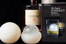 The Original Whiskey Ball / THE ORIGINAL ICE BALL MOLD THAT MAKES JUMBO, SLOW MELTING ICE SPHERES FOR YOUR CLASSIC COCKTAILS.  SAY GOODBYE TO THE DILUTING EFFECTS OF TRADITIONAL ICE CUBES.