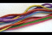 Вязанный шнурок