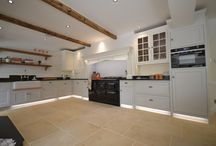 Kitchens / Our skilled joiners have been crafting custom kitchens for over 30 years, using only the finest timber and oak. We have perfected our craft at our very own purpose built workshops in Chichester, West Sussex.