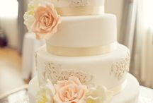 Wedding Cakes / KenmureWeddings.com