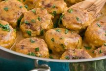 Chicken  / Chicken Recipes / by Connie Griffice-Perry
