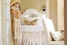 Bedrooms / Decorating the bedroom