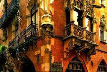 Restaurantes molones de Barcelona / De eso que pasas por la calle y ves un restaurante que te entra por los ojos por su decoración y comida. Pues eso.