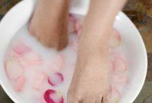 Feet, hands, nails