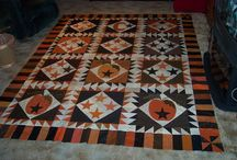 Halloween Quilts / by Hailey Oh