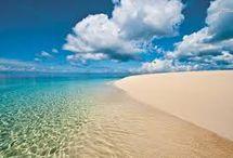 Perfect Summer Getaway / #ClickFragrance http://www.clickfragrance.co.uk