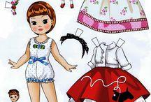 boneca de papel pequena