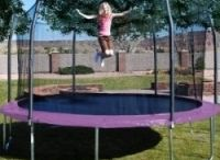 Fun In The Sun / Enjoyable outdoor activities to do with friends & family!