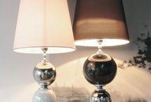 Light Ideas / Lampade da tavolo, applique e lampade a sospensione. In vetro, in metacrilato o in tessuto mille idee per illuminare ogni spazio.  #LightIspirations