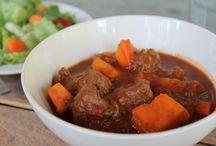 Soups and stews / by Tilka Folden