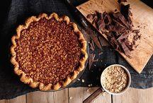 Thanksgiving Dessert Ideas / by Rebecca Weisberg