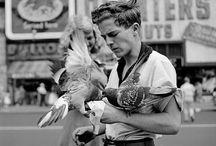 Vivian Maier (1926 - 2009) /  fotografa statunitense, della cui attività artistica si sapeva ben poco fino a pochi anni prima della scomparsa. #streetart