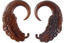 2 gauge earrings / Western Bohemian 2 gauge organic body jewelry : size 2 gauged earrings hand carved from natural and organic materials such as wood, bone and buffalo horn.