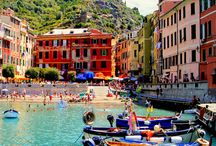 Active holidays in Cinque Terre / What to do in the Cinque Terre? How many sports could you play here? Hiking, fishing, sailing, diving, surfing, paragliding, walking, biking and much more...