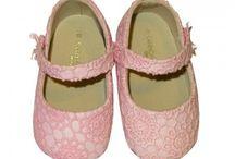 Zapatos bebes sin suela de Mayoral New Born / Zapatos bebés sin suelas, badanas, alpargatas, esparteras, esparteñas, zapatillas deportivas, todo los estilos de la marca Mayoral y a un precio increible.