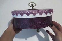 caixa redonda com massa de textura