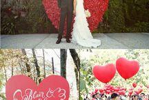 (テーマイメージ)ハートがテーマの結婚式 / オリジナルウェディングを実現するには、まずはテーマとなるモチーフを決めましょう!ウェディングといえば、ハート!結婚式グッズ通販シェリーマリエの店長が、「ハートがテーマの結婚式」のインスピレーションを集めました。