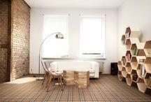 Forbo Flooring Systems Polska / Forbo Flooring Systems jest wiodącym producentem rozwiązań podłogowych. W swej kompleksowej ofercie posiada wysokiej jakości naturalne wykładziny linoleum, PVC, dywanowe, okładziny meblowe oraz systemy mat wejściowych łączące w sobie funkcjonalność, bogatą kolorystykę i nowoczesne wzornictwo.