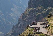 Mirador de la Cruz del Cóndor / Desde el Mirador de la Cruz del Cóndor, ubicado en Arequipa, Perú es posible observar el mejor paisaje del Cañón del Colca, además del majestuoso vuelo del cóndor de muy cerca. #travel #viaje