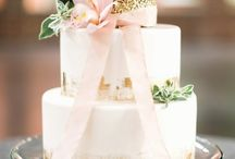 Cakes with Gold