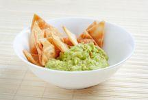 Healthy Snacks & Apps / by Courtney Meinen