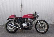 Little Fastly Cafe Racer Obsession / La Little Fastly es una Honda CB75O Four, una customización de la moto japonesa al estilo Cafe Racer. By CRO.