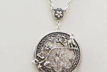 Jewelery: Lovely Lockets!