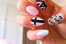 Nails / Nails pointed
