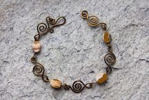 Brigid's Moon Creations / Jewelry made by me with much love and care. Visit me on Etsy https://www.etsy.com/no-en/shop/BrigidsMoonCreations