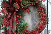 Christmas exchange ideas / Christmas grape vine wreath ideas