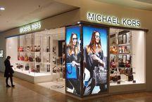 Nově otevřený obchod Michael Kors / 10. 10. 2013 jsme pro vás otevřeli nový obchod s luxusními doplňky :)