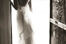 Bridal Portraits / You can't have a wedding without some gorgeous pics of the star of the day now can you?