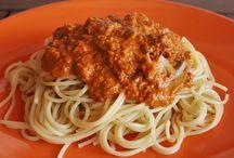 Culinária / Aqui podes encontrar diversos pratos vegetarianos, comida saudável e saborosa para equilibrar o corpo e a mente.