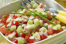 Les Salades / Retrouvez quelques ingrédients sur www.chockies.net Les salades et cruditées, rafraîchissantes surtout en été. A déguster avec nos sauces sur www.chockies.net