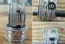 Ixxxi ring
