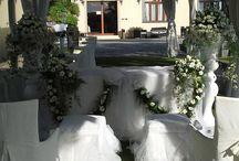 wedding / total white